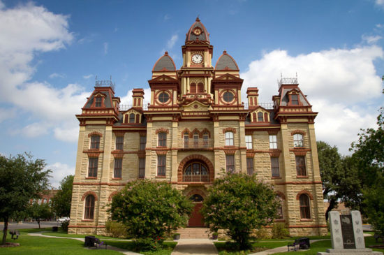 caldwell-county-courthouse